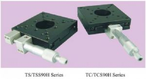 Crossed-Roller bearing translation stage - TC90-1A